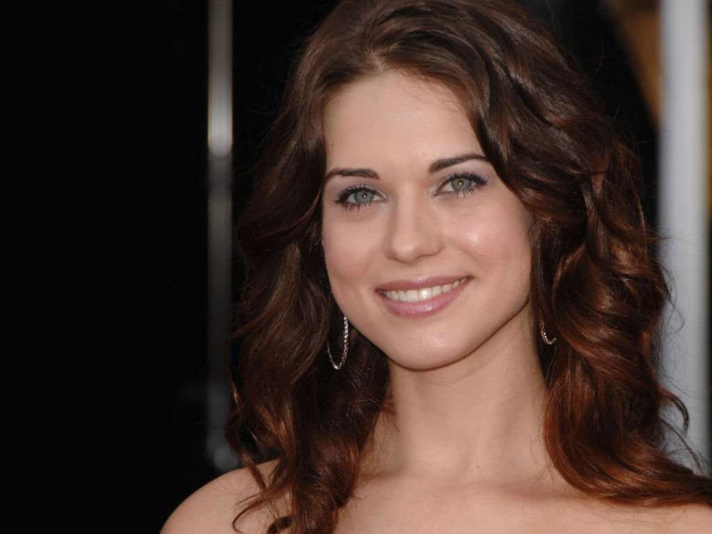 Lyndsy Fonseca Picture 2012-5